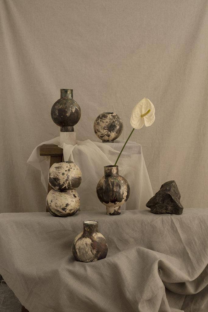 Vasen nebeneinander von Chi Ceramic